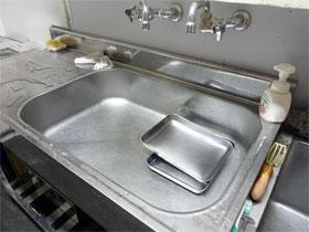 高さを850mmにした特注サイズのバックガード付きステンレスキッチン[GN120-R]